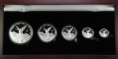 2010 (5 Coin - 1.9 oz) Silver Libertad Proof Set (In Wood Box)