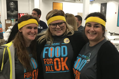 APMEX Employees at Food Bank